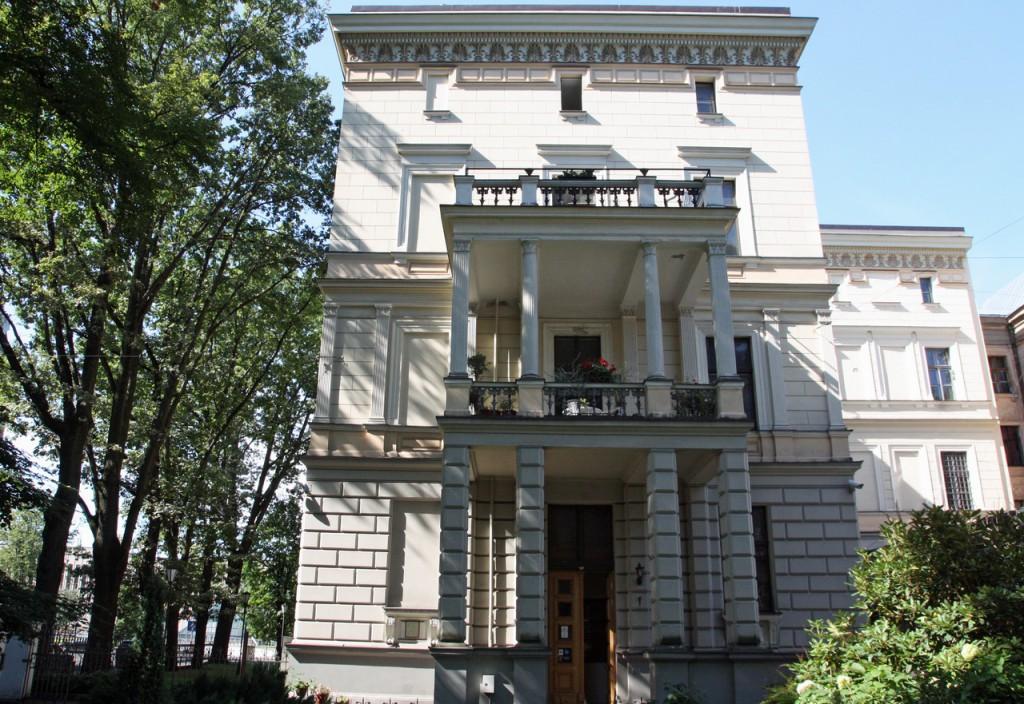 IMG_6459-здание музея