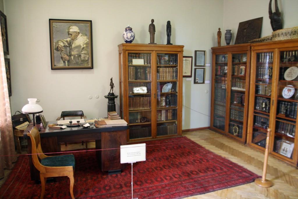 IMG_6521-мемориальный кабинет Паулса Страдыньша